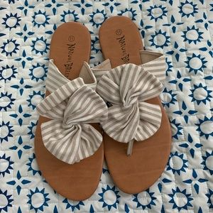 Shoes - Oversized bow sandals NWOT